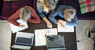 Breng zeggenschap op school weer terug bij ouders